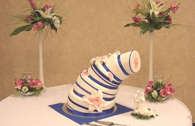 weddingcakeleaning